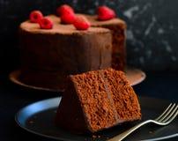 Fatia de bolo de chocolate foto de stock royalty free
