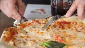 Fatia de queijo da pizza Foto de Stock Royalty Free