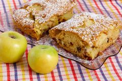 Fatia de torta caseiro saboroso Imagem de Stock Royalty Free