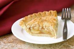 Fatia de torta de maçã fotos de stock