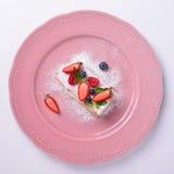 Fatia deliciosa de bolo, italiano Napoleon Milfey Fotos de Stock Royalty Free