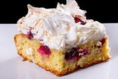 Fatia deliciosa de bolo na placa Imagem de Stock Royalty Free
