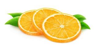 Fatias alaranjadas isoladas do fruto Fotos de Stock