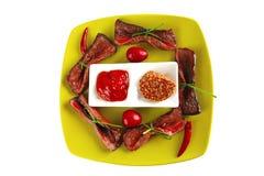 Fatias curvadas de carne da carne Fotos de Stock Royalty Free