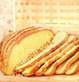 Fatias de pão de milho fotografia de stock royalty free