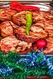 Fatias de presunto fritado, prontas para ser servido no tempo do Natal Fotos de Stock Royalty Free