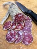 Fatias de salame com pimenta Foto de Stock