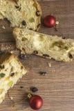 Fatias de sobremesa italiana tradicional do Natal fotografia de stock