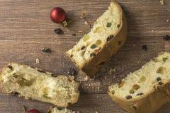 Fatias de sobremesa italiana tradicional do Natal imagem de stock royalty free