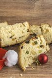 Fatias de sobremesa italiana tradicional do Natal foto de stock royalty free