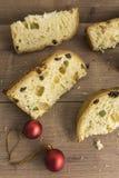 Fatias de sobremesa italiana tradicional do Natal fotografia de stock royalty free