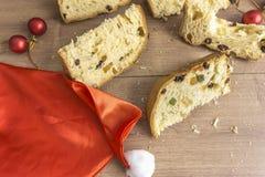 Fatias de sobremesa italiana tradicional do Natal fotos de stock royalty free