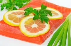 Fatias salmon salgadas da faixa e do limão Foto de Stock Royalty Free