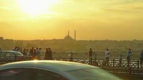 Fatih-cami von Galata-Brücke Stockfoto