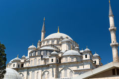 Fatih Mosque em Istambul, Turquia Fotografia de Stock