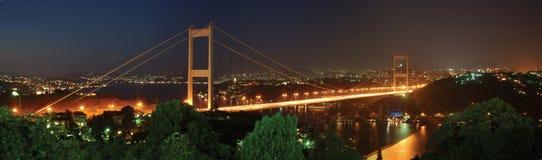 Fatih Sultan-Mehmet-Brücke stockbilder