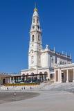fatima ・葡萄牙圣所 诺萨Senhora大教堂做罗萨里奥 免版税库存图片