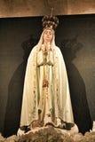 Fatima Virgin in de kerk van Lissabon stock foto