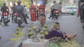 Fattig familj i Vietnam arkivfilmer