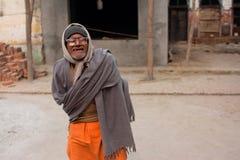 Fattig indisk man i exponeringsglas Royaltyfri Foto