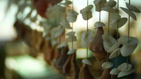 Fatto a mano, decorazioni dalle coperture, primo piano, 4k, fondo della sfuocatura stock footage