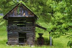 Fattoria abbandonata nella Virginia rurale immagini stock libere da diritti