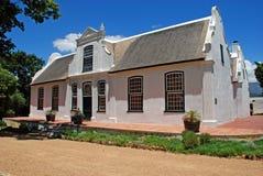 Fattoria del vino nello stile coloniale (Sudafrica) immagine stock libera da diritti