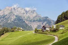 Fattoria della montagna in alpi tedesche vicino a Berchtesgaden Fotografia Stock