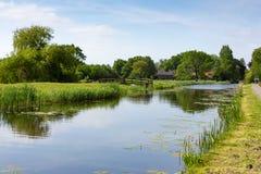 Fattoria sull'acqua in Nieuwe Wetering immagini stock libere da diritti