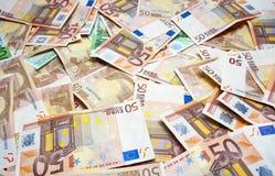 Fatture 50 e 100 euro Fotografie Stock Libere da Diritti