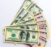 Fatture americane delle banconote dei dollari dei soldi su fondo bianco Fotografia Stock Libera da Diritti
