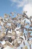 Fatture del dollaro di volo Fotografie Stock Libere da Diritti