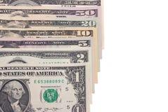 Fatture di soldi americane del dollaro degli Stati Uniti isolate su fondo bianco Fotografia Stock