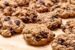 Fatura de cookies de passa da farinha de aveia fotografia de stock royalty free