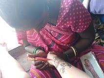 Fatura indiana da tatuagem do mehendi da hena disponível fotografia de stock