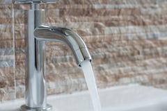 faucet ванной комнаты самомоднейший Стоковая Фотография RF