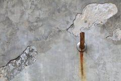 Faucet cementu stara ściana Obraz Stock