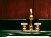 Faucet de bronze Fotografia de Stock Royalty Free