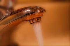 Faucet do ouro Foto de Stock Royalty Free