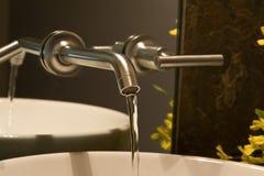 Faucet fixado na parede Imagens de Stock Royalty Free