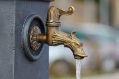 faucet nowożytny Zdjęcia Royalty Free