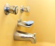 Faucets de banheira imagem de stock royalty free