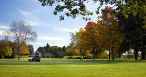 Faucheuse de terrain de golf photographie stock