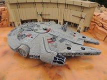 Faucon de millénaire, par LEGO photos stock