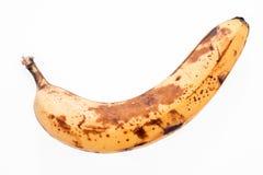 Faule alte Banane lokalisiert auf Weiß Stockfoto