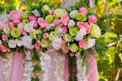 Fausse fleur dans le mariage Images libres de droits