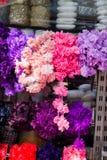 Fausses fleurs pour des buts décoratifs Photo stock