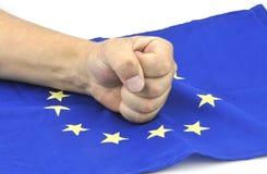 Fausthand und europäische Flagge am 11. September 2016 Stockbilder