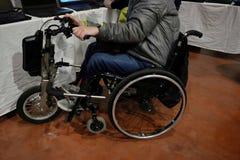 Fauteuil roulant avec trois roues Images stock