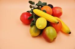 Fauxfrukter och grönsaker Arkivfoton